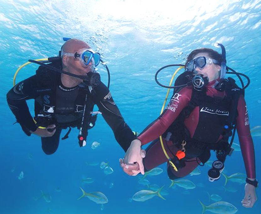 5 Raisons De Plonger Avec La Personne Qui Partage Votre Vie